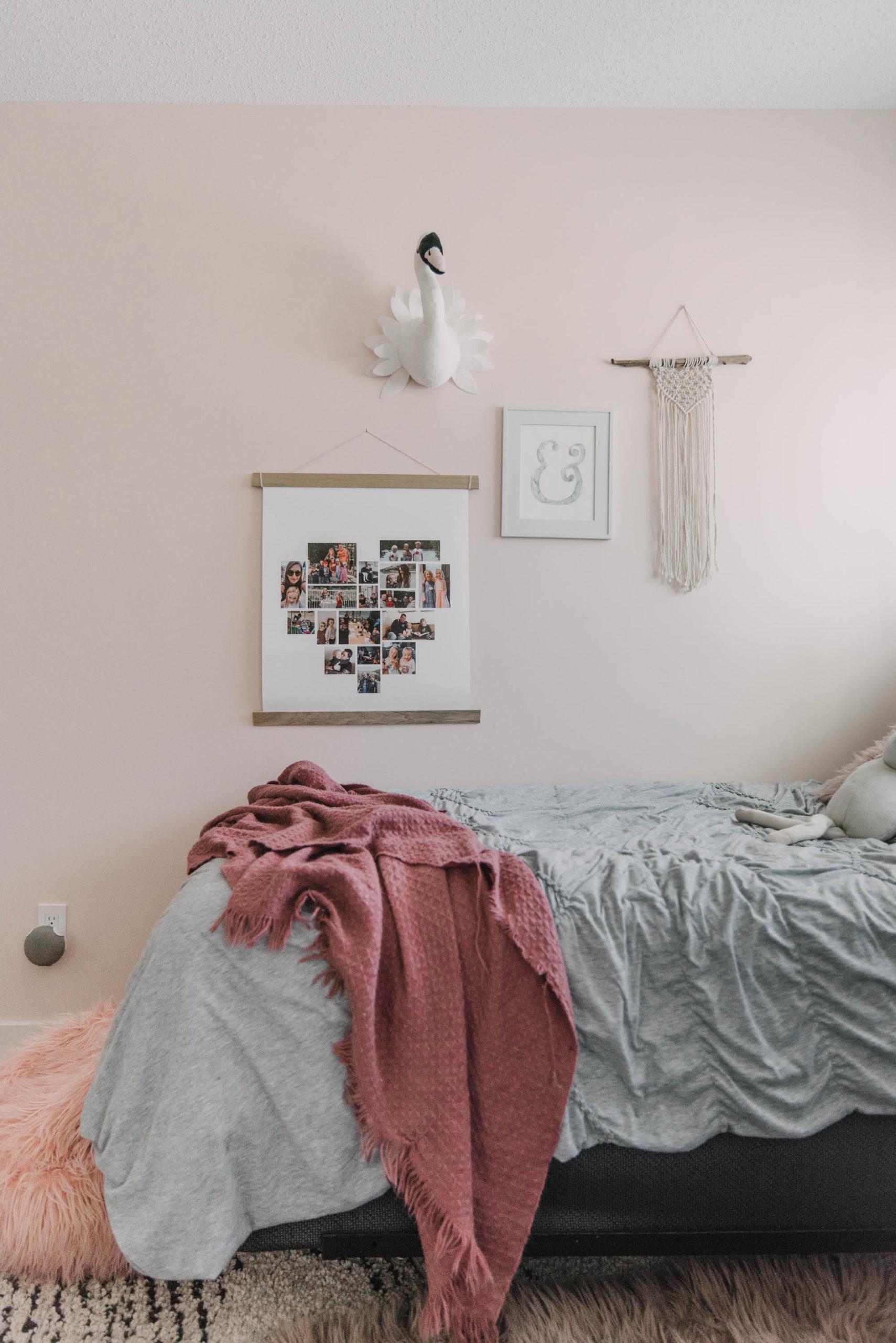 Simple DIY Poster Hanger