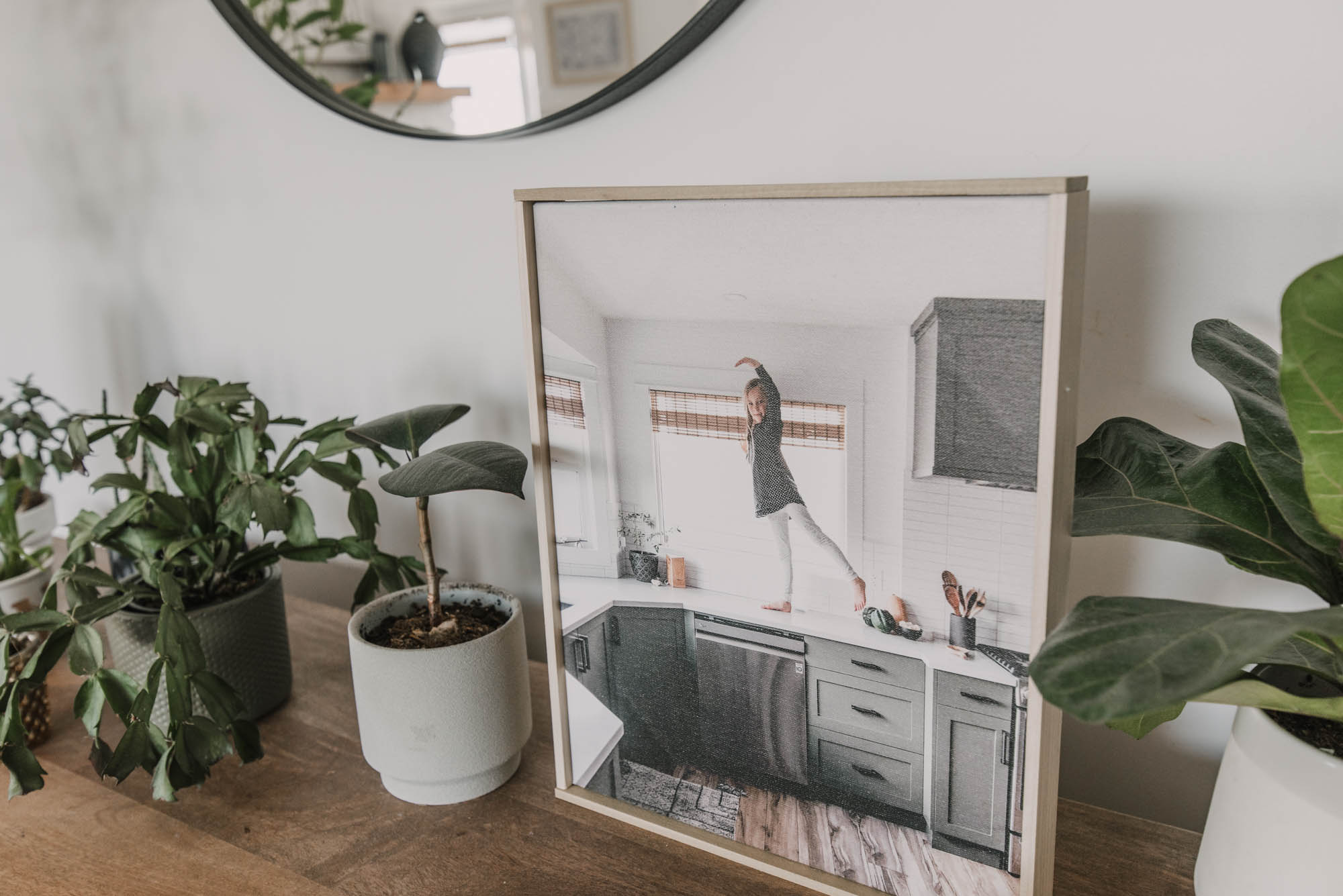 The easiest way to frame a canvas