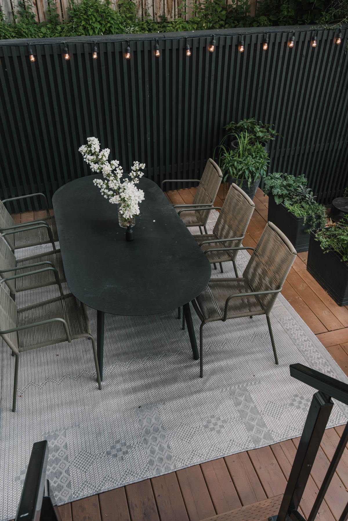 Tips for using a paint sprayer with wood stain for a deck