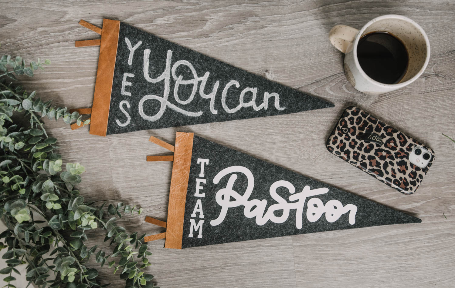 2 ways to make a pennant
