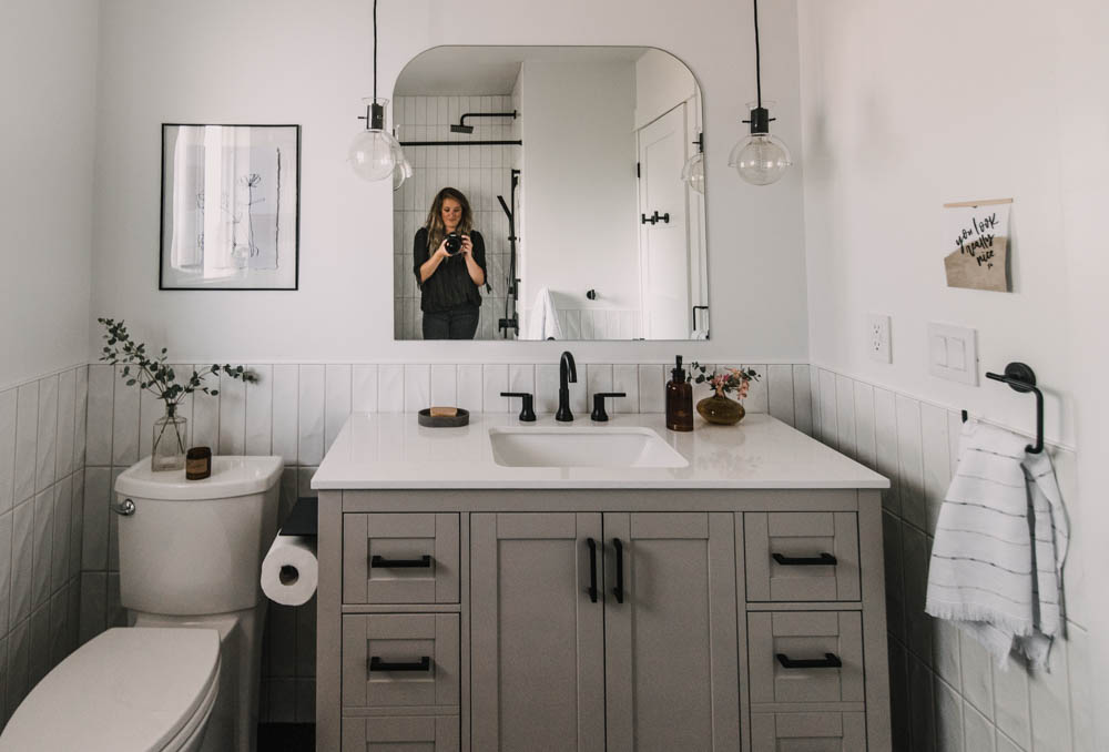 Cozy modern bathroom makeover