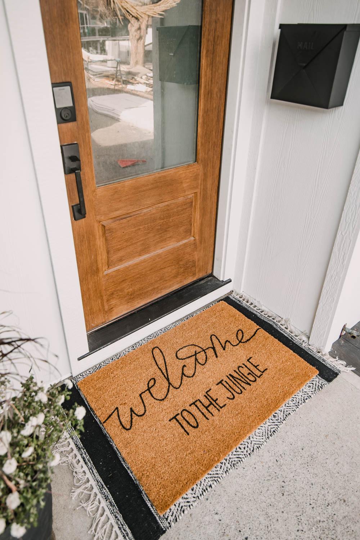 black and white Modern Farmhouse entryway