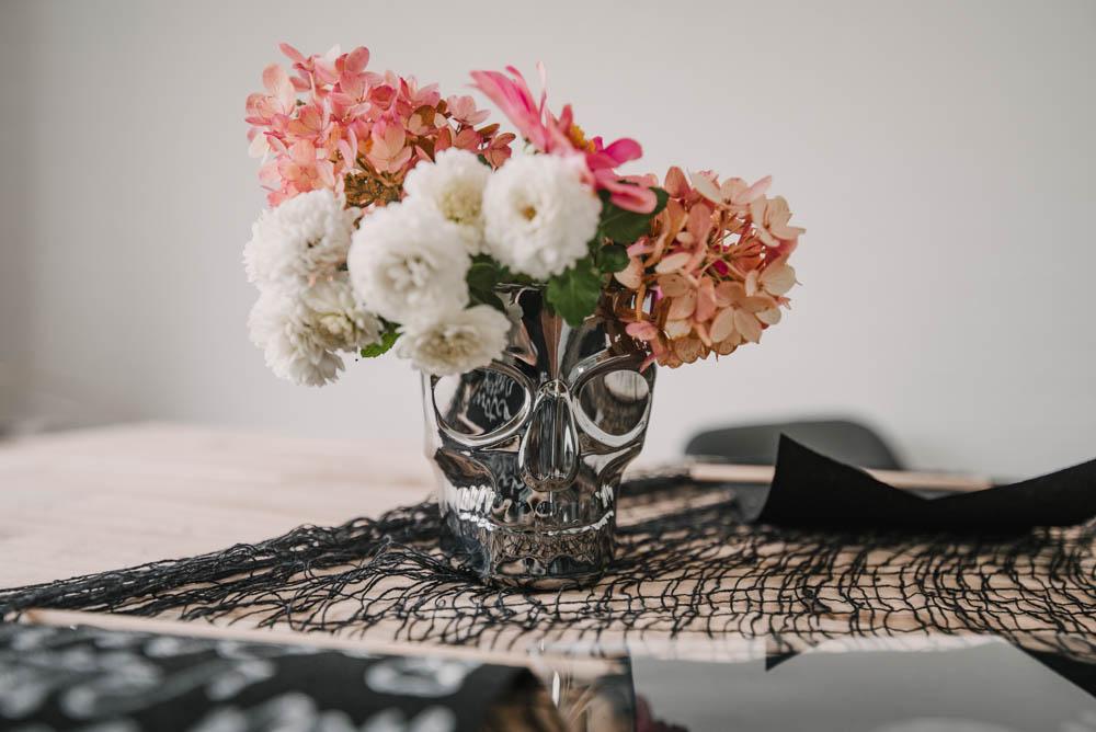 Dollar store halloween vase hack