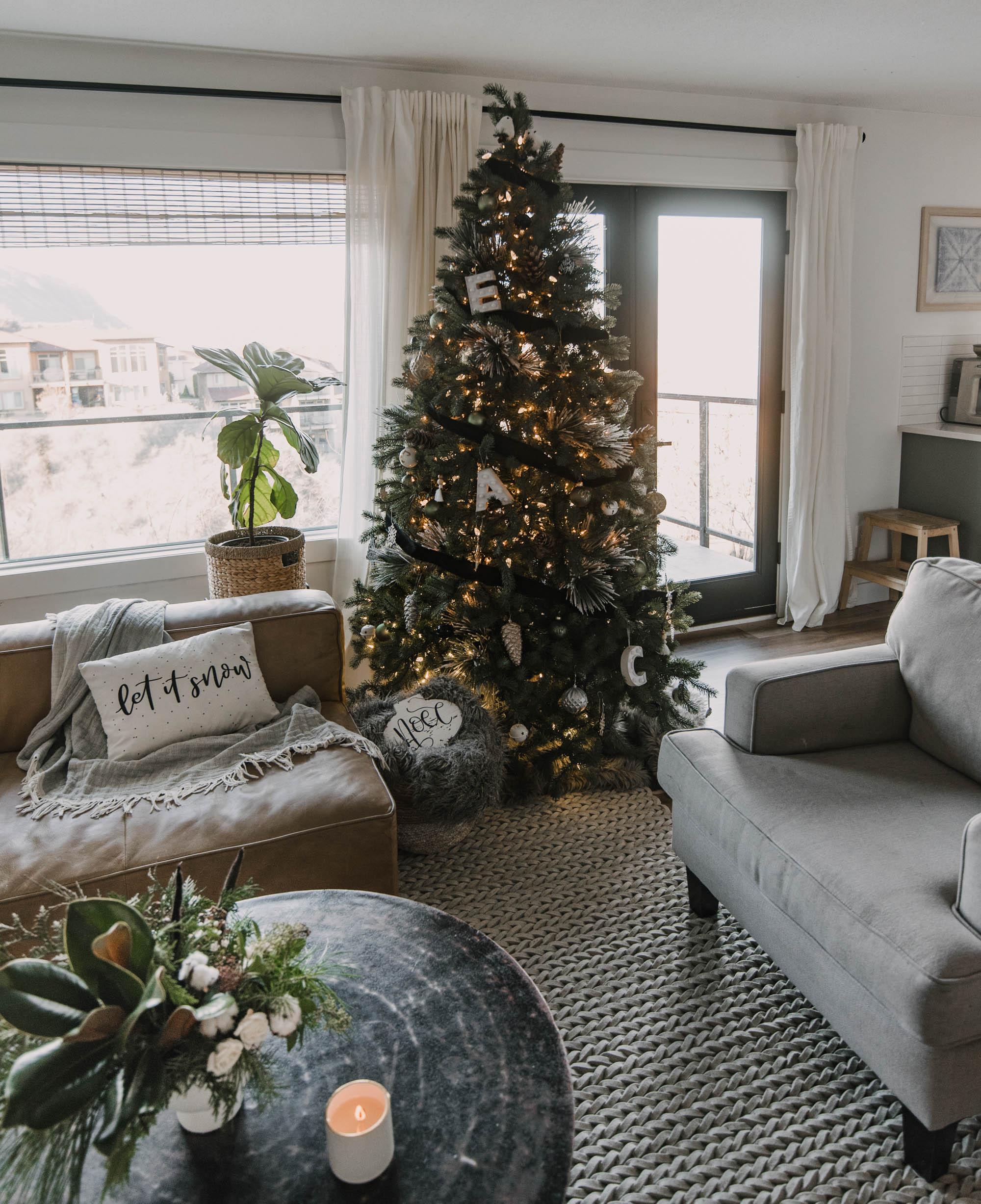 Christmas Tree with black ribbon