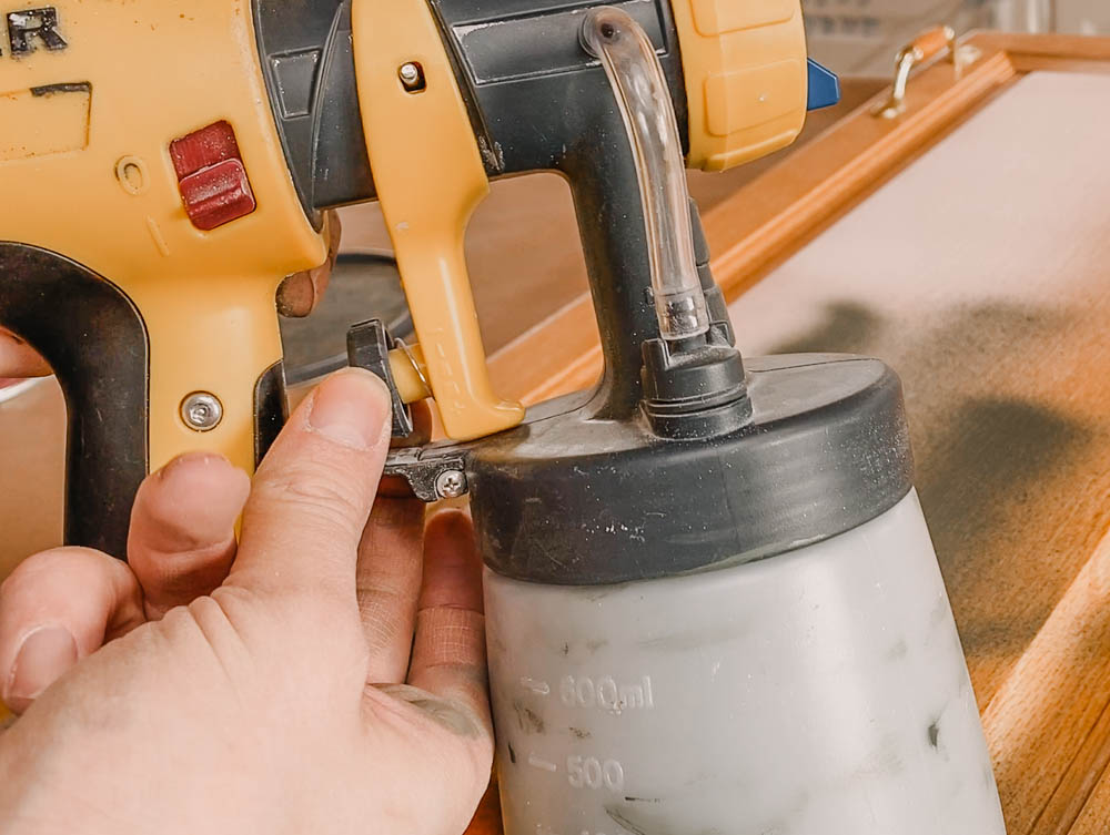 Paint sprayer settings for painting cabinets