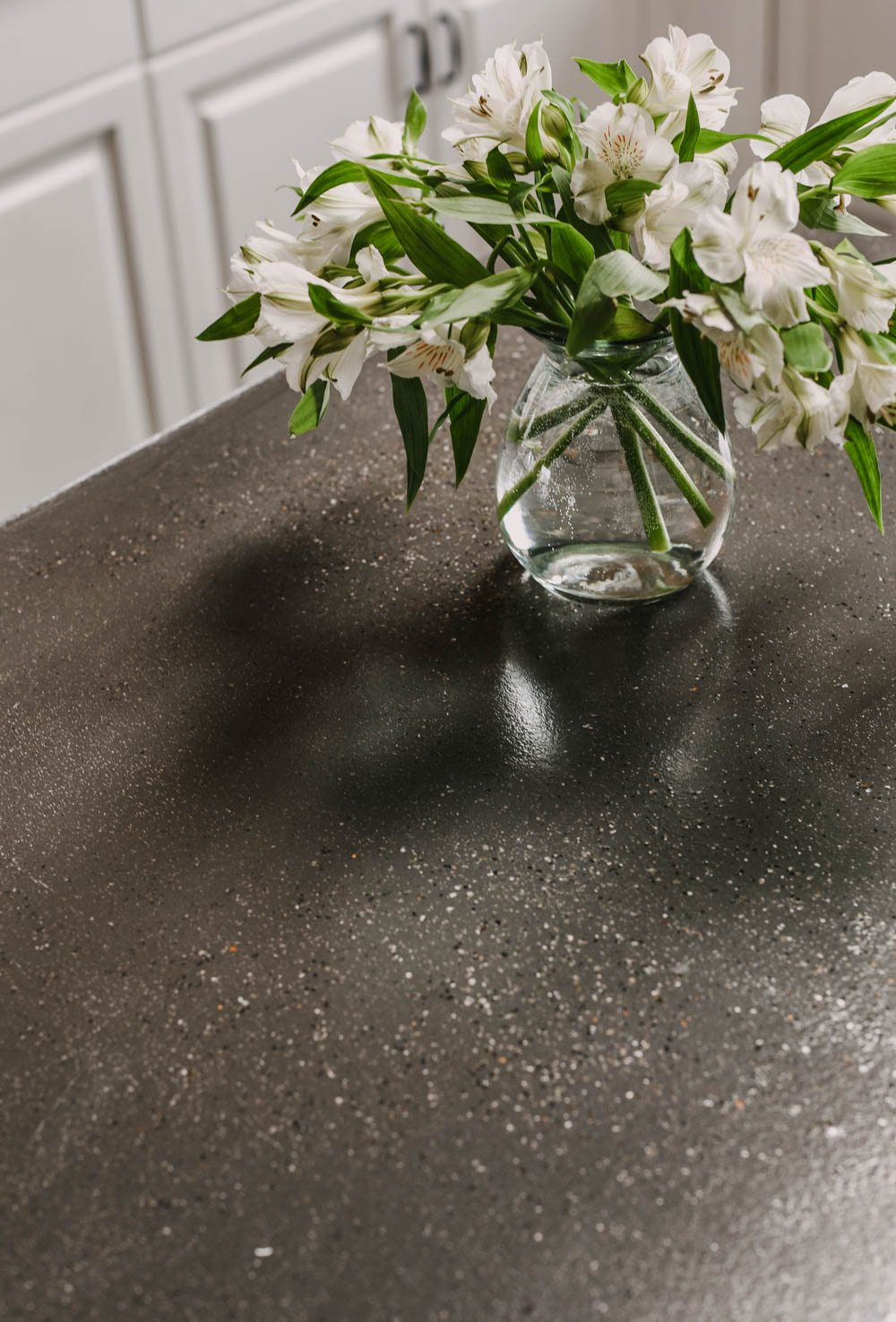 Kitchen makeover with resurfaced countertops