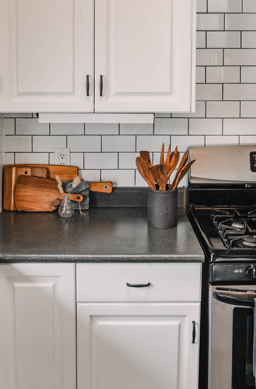 Modern Farmhouse kitchen with subway tile backsplash