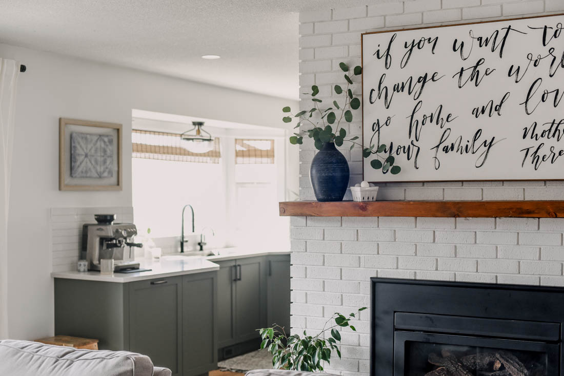 Modern Minimal Spring Home Decor