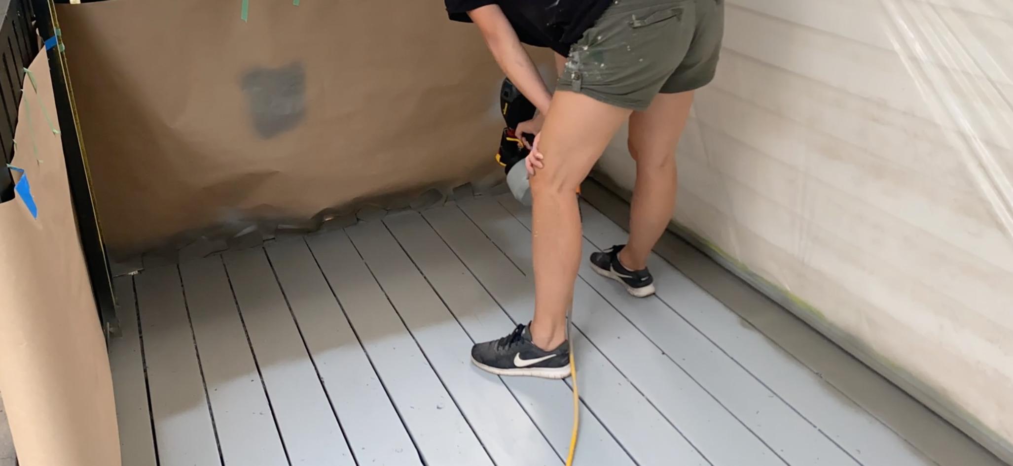 spraying deck paint