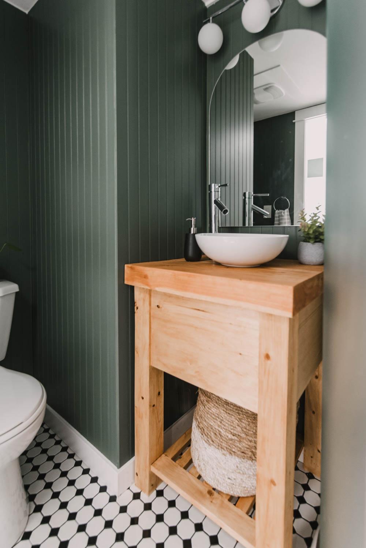 DIY Rustic wood vanity for a small bathroom