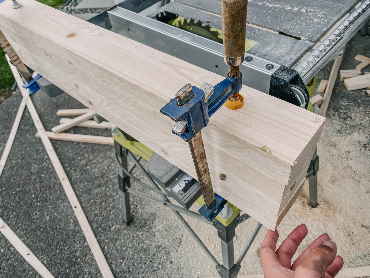 using 2x4s to create 4x4 legs for a vanity