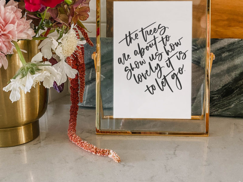 Free printable set of 4 hand lettered quotes for fall