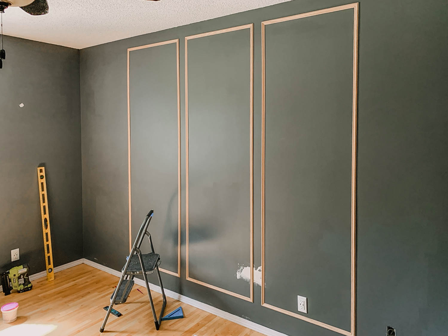 DIY Bedroom Moulding Wall